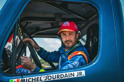Michel Jourdain a recuperar terreno en la Copa Mercedes-Benz
